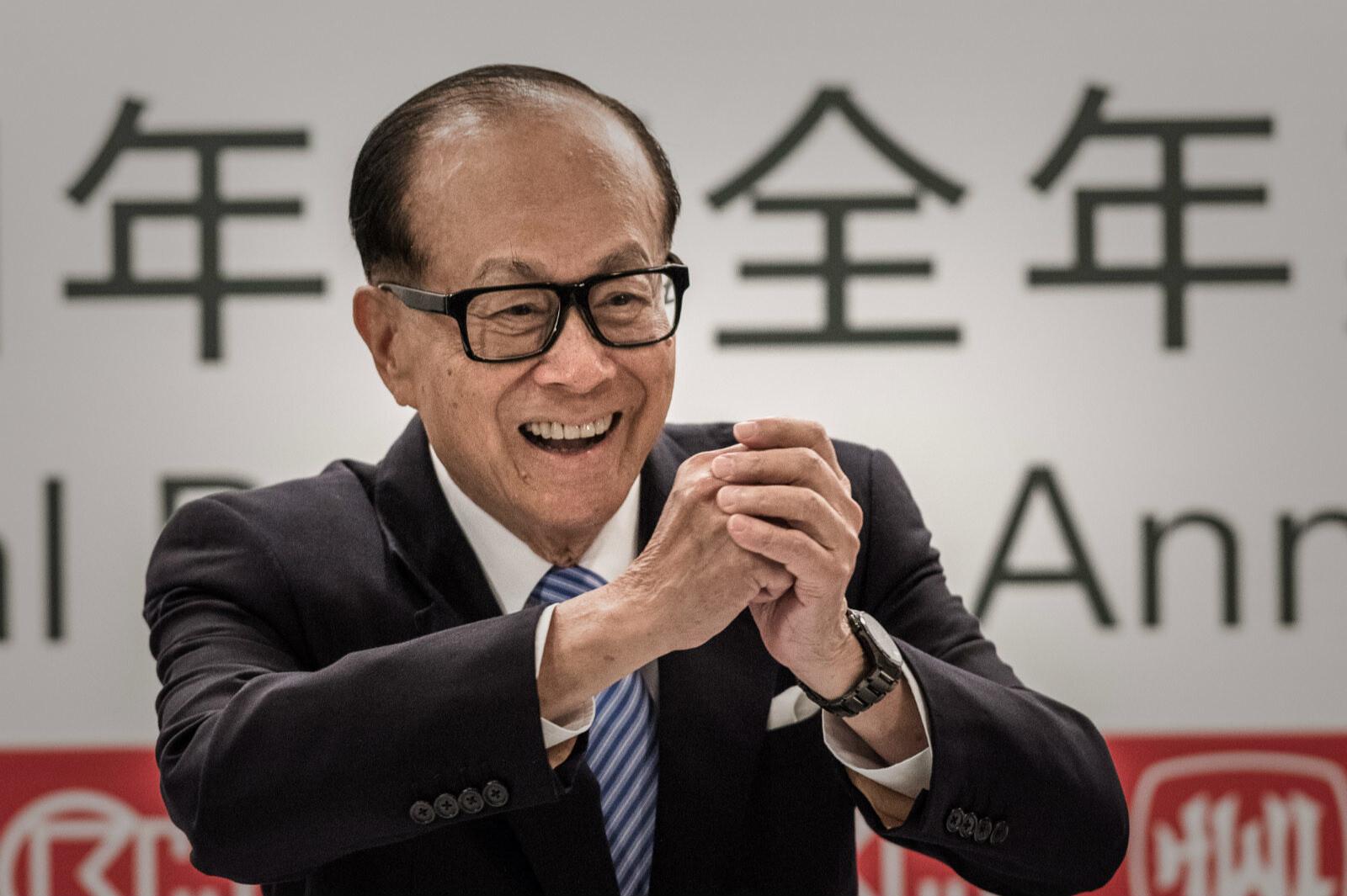 Богатейший предприниматель Гонконга уйдёт на пенсию