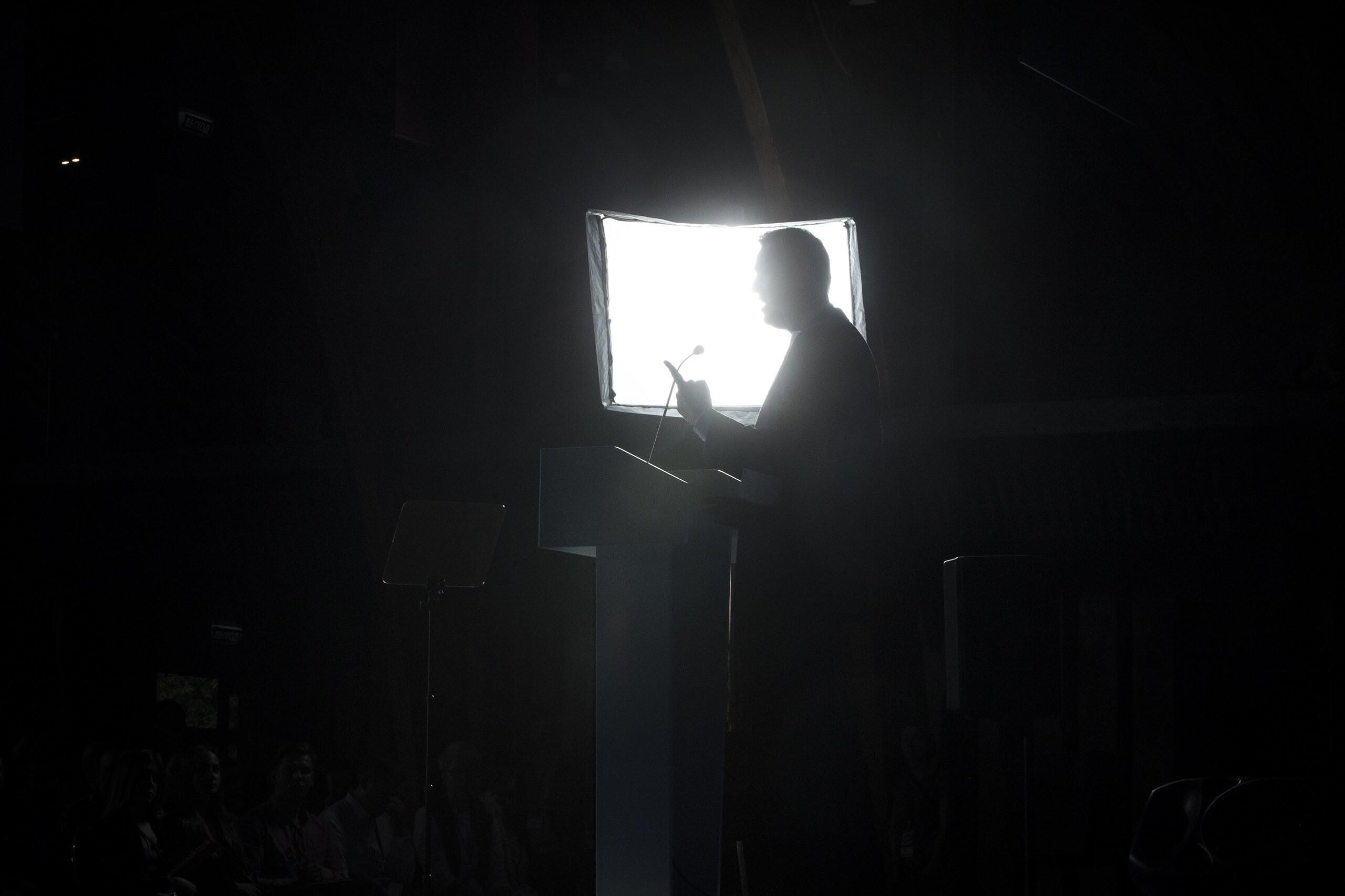 «Так бывает»: Навальный рассказал о намерении бороться с олигархией в СМИ