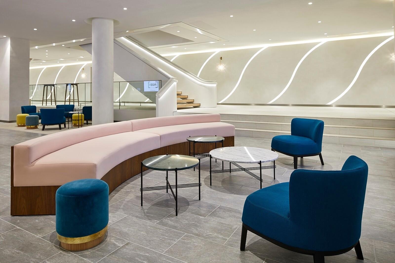Штаб-квартира: офис L'Oréal в Париже