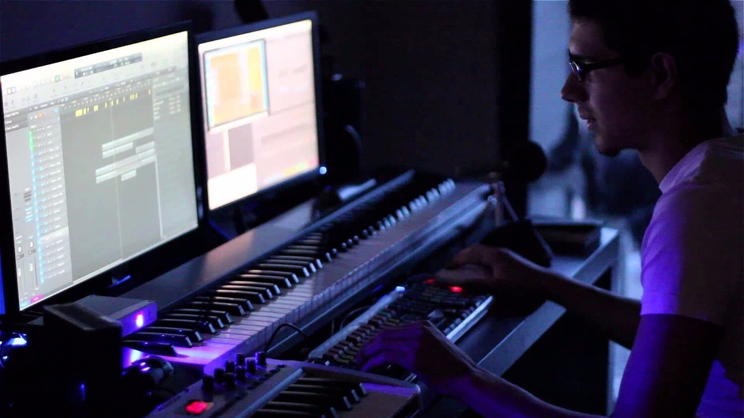 music composer Ai music composer create the perfect soundtrack for your content amper is an artificial intelligence composer, performer, and producer that empowers you to instantly create and customize.