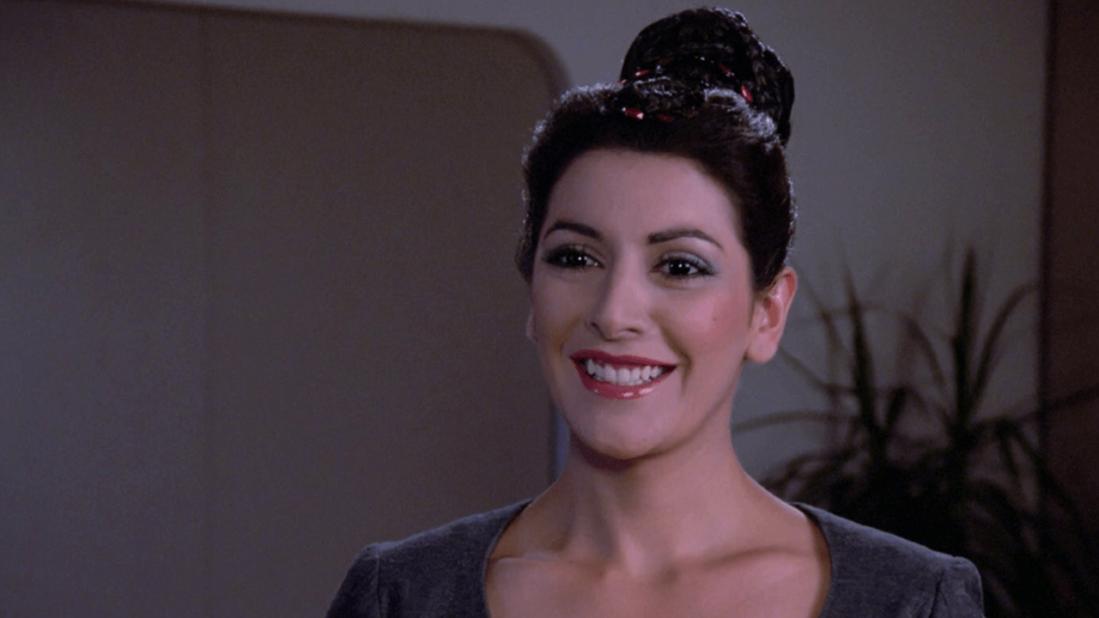 Деанна Трой, полу-человек полу-бетазоид из Star Trek: The Next Generation