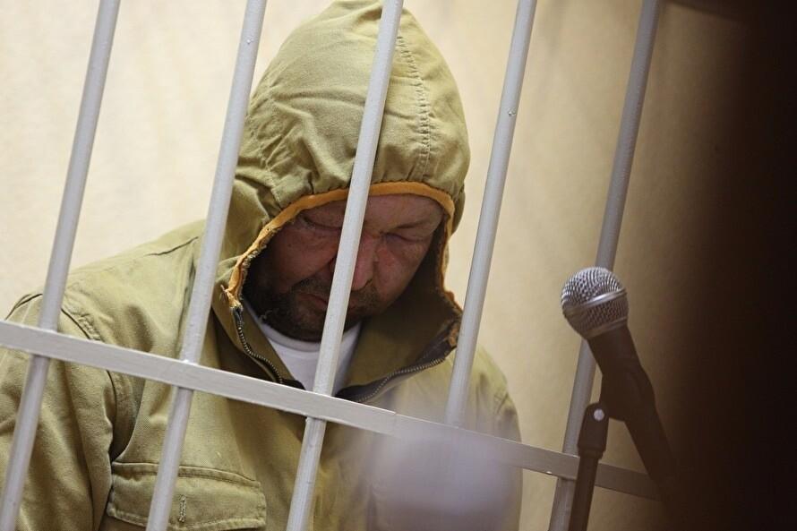 """Сегодня арестовали православного активиста, который поджог кинотеатр """"Космос"""" в Екатеринбурге"""