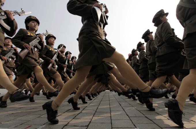 Насколько сложно служить в северокорейской армии (3 фото)