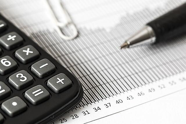 Картинки по запросу С 1 января 2019 г граждане будут платить новый налог профессиональный: законопроект, налог с 1 января 2018 Сбербанк