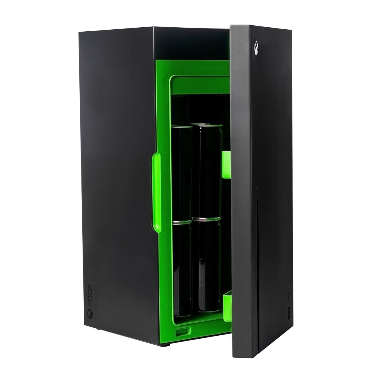 Microsoft выпустит мини-холодильники в стиле Xbox Series X за $100