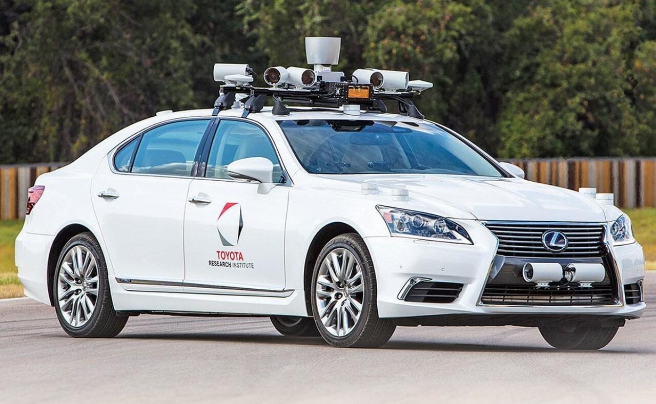 Toyota: «Нам нужно стать похожими на технологические компании до того, как они станут похожи на нас»