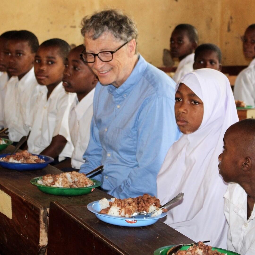 Билл Гейтс зарегистрировался в Instagram и опубликовал фото из Танзании