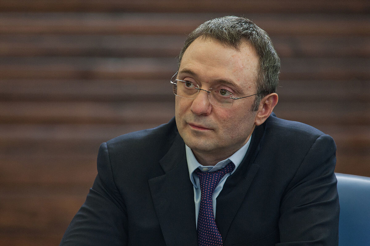 Одним из инвесторов Snapchat оказался российский сенатор Сулейман Керимов